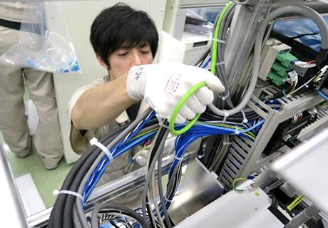 半導体製造装置:露光機・検査機の 制御盤製作の実績